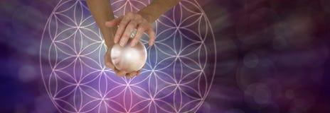 Święta geometria Scrying i kryształowa kula obrazy royalty free