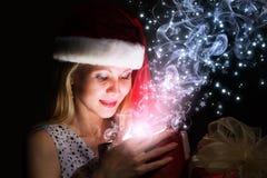 Święta komuś pończochy paskować paluszkach drzewa swiat niespodzianek Zdjęcia Royalty Free