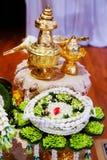 Święta nić na kwiat tacy dla ślubnej ceremonii Obrazy Royalty Free