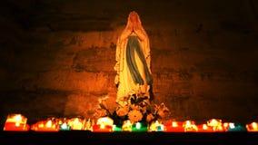 Święta statua Mary w katedrze zbiory