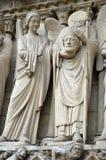Świętego Denis statua przy notre dame de paris, ile de los angeles cytuje France fotografia stock