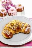 Świętego Martin croissant. Tradycyjny połysku tort fotografia stock
