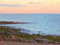 Świętego Petersburg linia horyzontu w wieczór obrazy stock