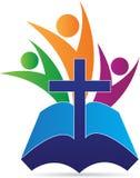 Świętej biblii krzyża ludzie Zdjęcie Royalty Free