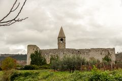Świętej trójcy kościół w Hrastovlje, Slovenia obrazy royalty free