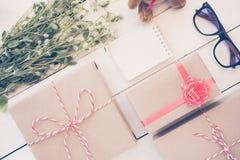 święto bożęgo narodzenia pojęcie z prezenta pudełkiem Zdjęcia Royalty Free