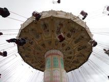 Świętowania Huśtawkowy carousel przy Wielkim Ameryka parkiem Zdjęcie Stock