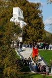 Świętowania na cześć rocznicę wyzwolenie od Nazistowskich najeźdźc w pomniku w wiosce Ilinskoe w Kaluga reg Fotografia Royalty Free