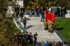 Świętowania na cześć rocznicę wyzwolenie od Nazistowskich najeźdźc w pomniku w wiosce Ilinskoe w Kaluga reg Obrazy Royalty Free