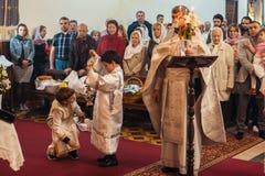 Świętowanie Ortodoksalna wielkanoc w parafii Sainted Nowi spowiednicy Rosja i męczennicy Zdjęcie Royalty Free
