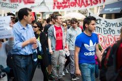 Świętowanie trzymający w Mediolan na 25 2014 Kwietniu wyzwolenie Zdjęcie Stock