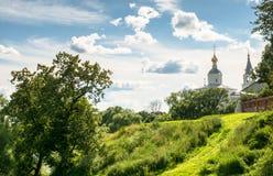 Święty Bogolyubovo monaster w pogodnym letnim dniu, Vladimir region, Rosja Obraz Stock