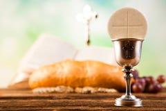 Święty communion, jaskrawy tło, naszły pojęcie obrazy royalty free