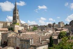 Święty Emilion, bordowie/Francja - 06 19 2018: Bordoski wino wysyła winnicę świętego unesco grodzka wioska w Bordoski ponownym Fotografia Royalty Free