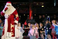 Święty Mikołaj na scenie Fotografia Royalty Free