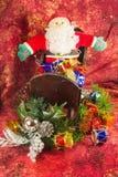 Święty Mikołaj, sanie i prezenty, Obraz Royalty Free