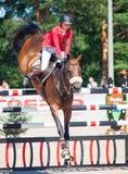 ŚWIĘTY PETERSBURG-JULY 06: Jeździec Anna Gromzina na Pimlico w Obrazy Royalty Free