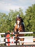 ŚWIĘTY PETERSBURG-JULY 05: Jeździec Kristupas Petraitis na Barichela Obraz Royalty Free