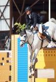 ŚWIĘTY PETERSBURG-JULY 06: Jeździec Mikhail Safronov na Copperphild Obraz Stock