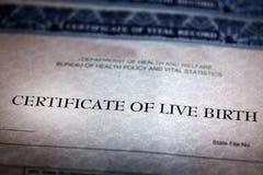 Świadectwo Urodzenia formy papieru Oficjalny dziecko Znoszący zdjęcie royalty free