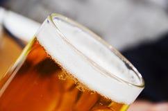 światła kubek piwa Zdjęcia Stock