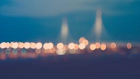 Światła nocy miasta bokeh od światła reflektory samochody, zdjęcia royalty free