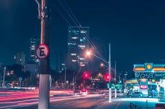 Światła przy nocą na alei obrazy stock