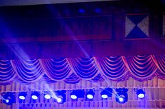 Światła reflektorów, światła reflektorów i skutki od sceny, zdjęcie stock