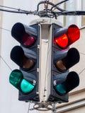 Światła ruchu z czerwienią i zielonym światłem Obrazy Royalty Free