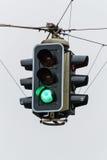 Światła ruchu z zielonym światłem Obrazy Royalty Free