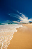 Światła słonecznego wybrzeża plaży północ Caloundra Zdjęcia Royalty Free