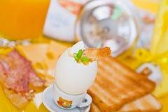 światło śniadaniowy stół Zdjęcia Royalty Free