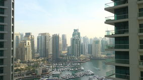 Światło dzienne zatoki czasu upływ od Dubai marina zdjęcie wideo