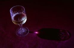 Światło odbija przez szkła wino Zdjęcie Stock
