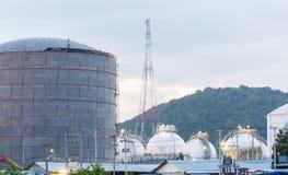Światło petrochemicznego przemysłu elektrownia zdjęcie stock