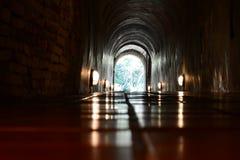 Światło przy końcówką tunel zdjęcia royalty free