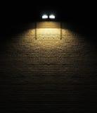 światło reflektorów ceglana ściana Zdjęcie Royalty Free