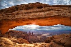 Światło słoneczne na chmurnym dniu zdjęcie royalty free