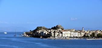 Światło słoneczne na mieszkaniach Corfu Zdjęcia Royalty Free
