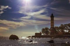 Światło słoneczne nad latarnią morską St Petersburg zatoka finlandia Zdjęcie Royalty Free