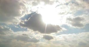 Światło słoneczne przez chmur 1 Zdjęcie Stock
