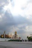 Światło słoneczne przy uroczystym pałac w Tajlandia obraz royalty free