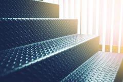 Światło słoneczne schody czerni ciężka stal loft wnętrze Zdjęcia Stock
