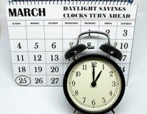 Świateł dziennych Savings Skaczą Przednia Niedziela przy 1:00 a M Obraz Stock