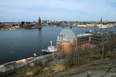Światopogląd nad Sztokholm w Szwecja od Skinnarviksberget zdjęcia royalty free