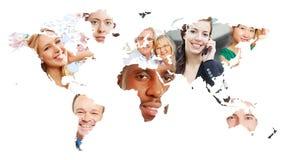 Światowa mapa z wiele ludźmi zdjęcia stock