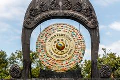Światowego pokoju gong w Desa Budayal Kertalangu, Bali, Indonezja obraz royalty free