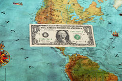 Światowy pieniądze, Światowa mapa, przelew pieniędzy Fotografia Stock