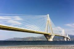 światowy także był w oddaleniu antirrio architekt jak był pelengów berdj mosta kabla Charilaos rozważający Corinth skrzyżowanie p Zdjęcie Royalty Free