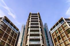 Światu mieszkania drogi mieszkaniowy apartament na najwyższym piętrze sprzedawał w Londyn Fotografia Stock